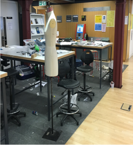 Mannequin, desks and shares in a pop-up maker space in a library